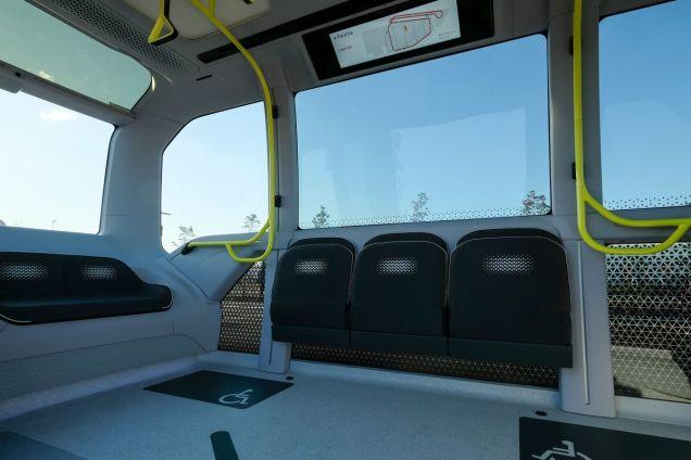 Interier_autonomniho_elektrickeho_vozu_e-Palette_od_Toyoty