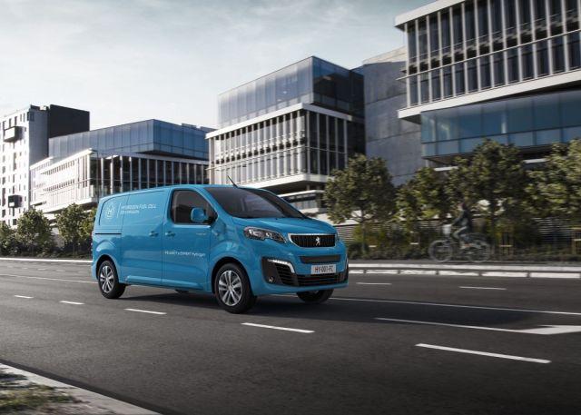 2021-vodik-Peugeot_e-Expert_Hydrogen-3