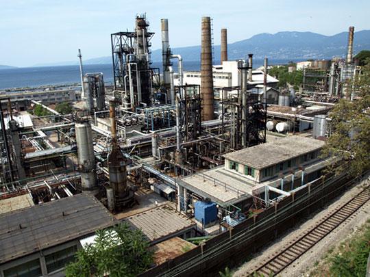 rafinerija-mlaka