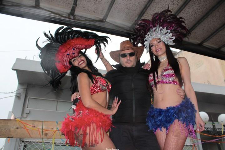 Δείτε το καρναβάλι του Χιλιομοδίου (βίντεο)