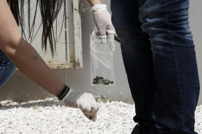 «Μαφιόζικη» εκτέλεση μέρα μεσημέρι έξω από το νεκροταφείο της Λούτσας