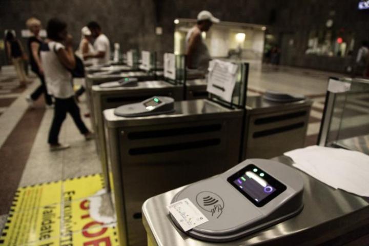 Κλείνουν οι μπάρες σε άλλους 15 σταθμούς του Μετρό την Κυριακή 11/3– Τι θα ισχύσει για το «Σύνταγμα»