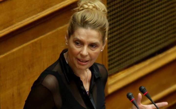 Πολιτική πρωτοβουλία με το όνομα Ν.Ε.Ο ετοιμάζει η Κατερίνα Παπακώστα