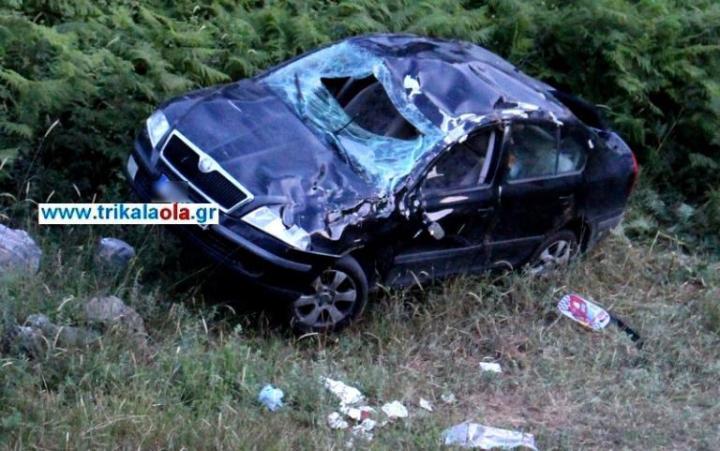 Εικόνες σοκ από το τροχαίο στα Τρίκαλα – Σκοτώθηκε βρέφος 13 μηνών [pics, vid]