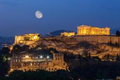 Ανθίζει η Αθήνα σύμφωνα με τους Times