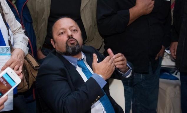 «Έχω 42%, θα βγω πρωθυπουργός και ας είμαι και στο Γκουαντάναμο»