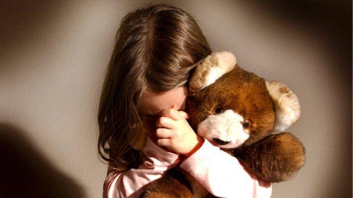 Κρητη:Εμπιστεύτηκαν το 11χρονο κοριτσάκι τους σε φίλο κι εκείνος το βίαζε