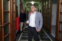 Παρών δηλώνει ο Ευ. Τσακαλώτος στη μετά την ήττα εποχή του ΣΥΡΙΖΑ