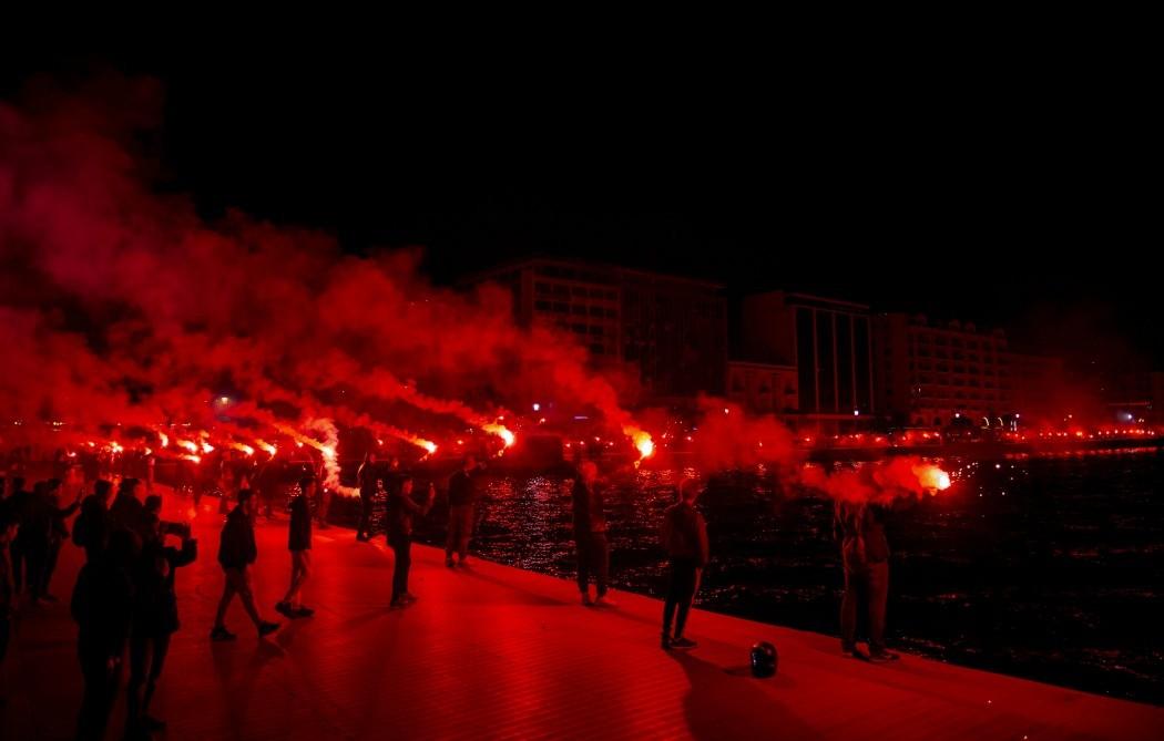 Πήρε φωτιά η Θεσσαλονίκη!