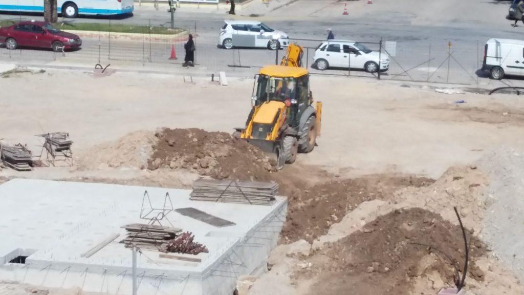 Ξανάρχισαν τα έργα στην πλατεία Περιβολάκια