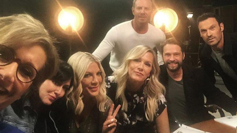 Beverly Hills 90210: Η πρώτη φωτογραφία από τα γυρίσματα του νέου κύκλου!
