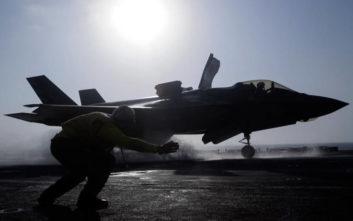 Η Ουάσιγκτον σκέφτεται να αναστείλει την εκπαίδευση των τούρκων χειριστών των F-35