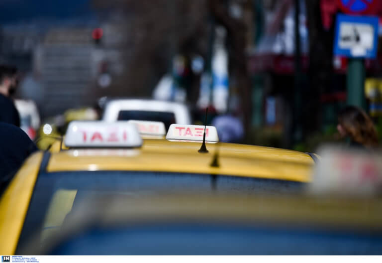 """Τα """"δώρα"""" της κυβέρνησης στους ταξιτζήδες!"""