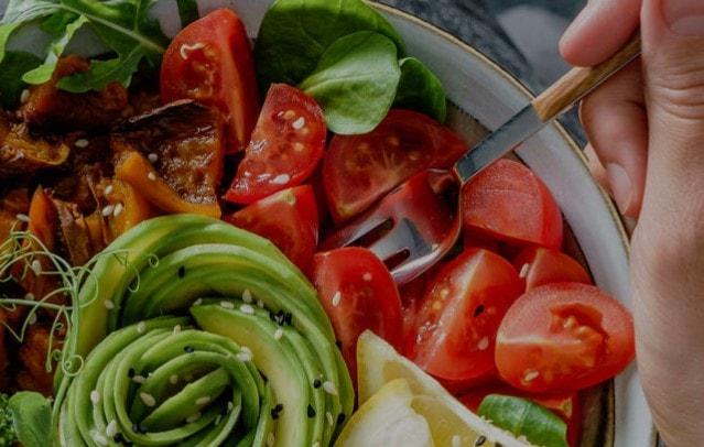 Μύθοι και αλήθειες για τη διατροφή των Vegan