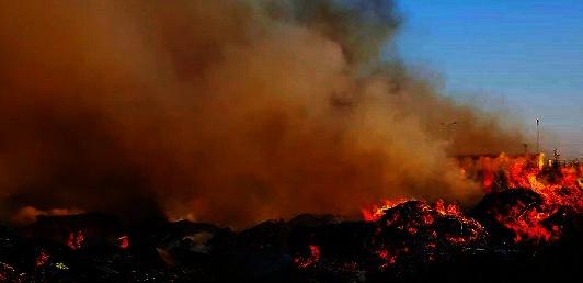 Τώρα: Φωτιά κοντα στη χωματερή του Λουτρακιου