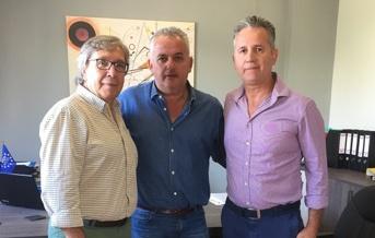 Συνάντηση του Δημάρχου Βέλου Βόχας κ. Αννίβα Παπακυριάκου με τον Διευθυντή ΔΕΔΔΗΕ Κορίνθου κ. Μπότο Σπυρίδωνα