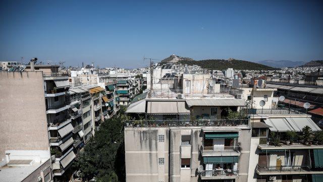 Σχέδιο για ελληνική υπηκοότητα για όσους επενδύουν σε ακίνητα άνω των 2 εκατ. ευρώ