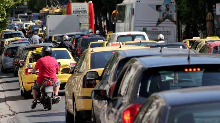 Περίπου 1,5 εκατομμύριο αυτοκίνητα δεν περνούν από έλεγχο ΚΤΕΟ