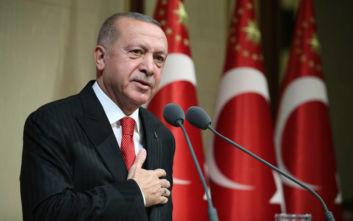 Ο Ερντογάν εκτοξεύει απειλές στην Ευρώπη: «Θα ανοίξω τις πόρτες για τους πρόσφυγες»