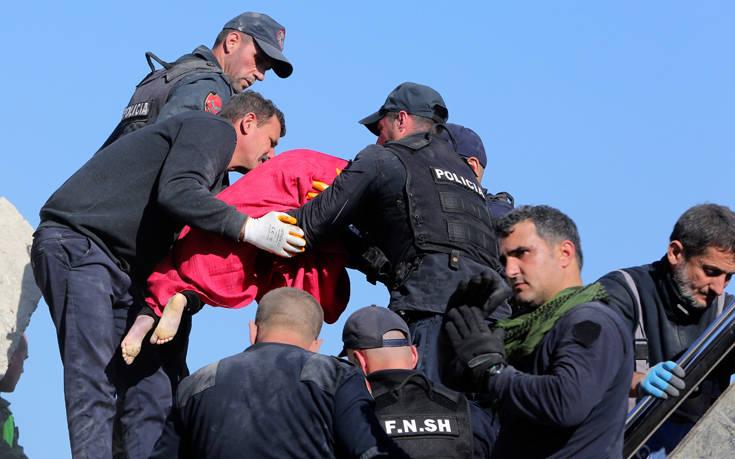 Φονικός σεισμός στην Αλβανία: Η ΕΜΑΚ διέσωσε δύο ανθρώπους