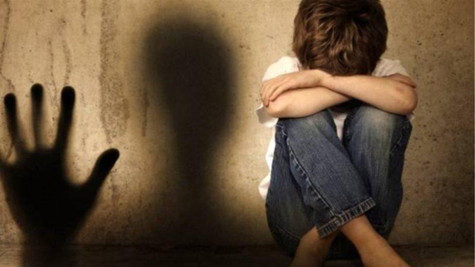 Νέο κρούσμα κακοποίησης ανηλίκου – Το αποκάλυψε μέσω Facebook γνωστή επικοινωνιολόγος