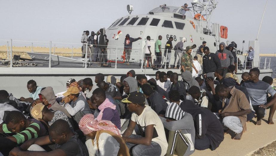 Αύξηση προσφύγων από τη Λιβύη – Ανησυχεί ο ΟΗΕ – Χαφτάρ: Απολαύστε έργο Σάρατζ