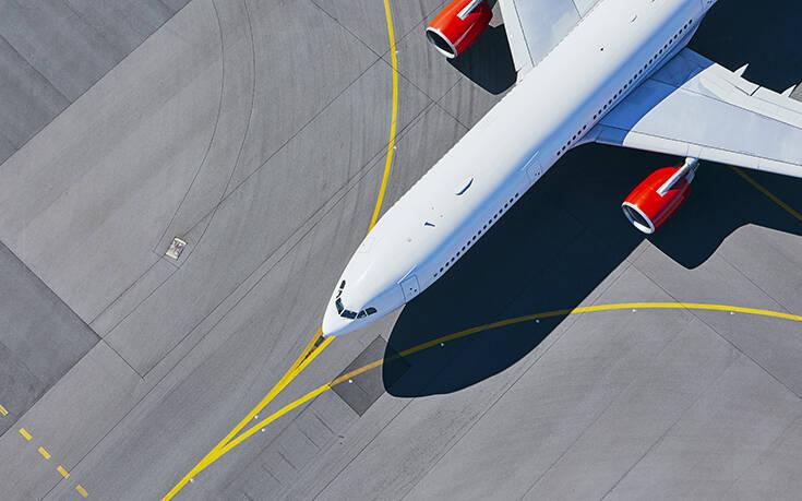 Ιστορική πτώση 96% της επιβατικής κίνησης στις αμερικανικές αερογραμμές