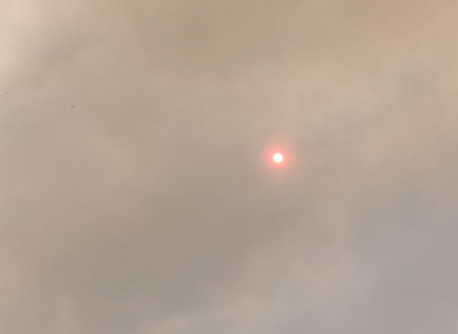 Έσβησε ο ήλιος από τους καπνους