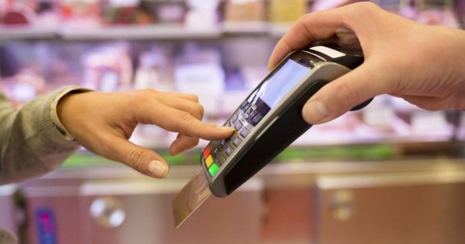 Η αναβάθμιση στα POS της ΕΤΕ «βραχυκύκλωσε» τις κάρτες των άλλων τραπεζών