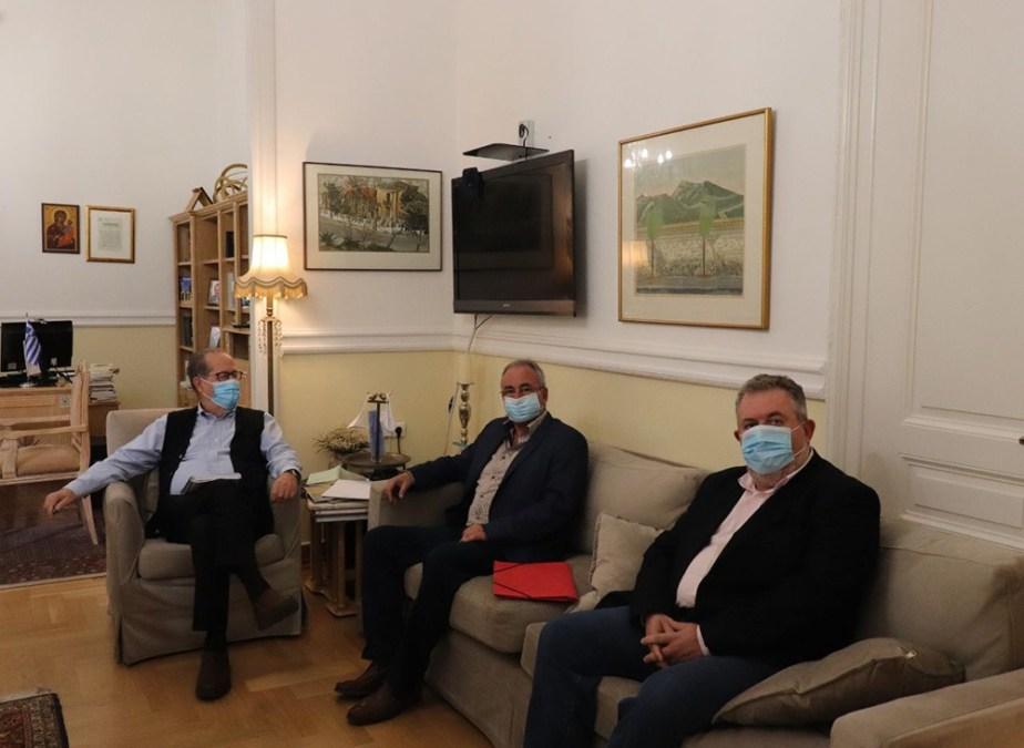 Η ανάπλαση στη Νεμέα στη συνάντηση του περιφερειάρχη Π. Νίκα με τον δήμαρχο Κ. Φρούσιο