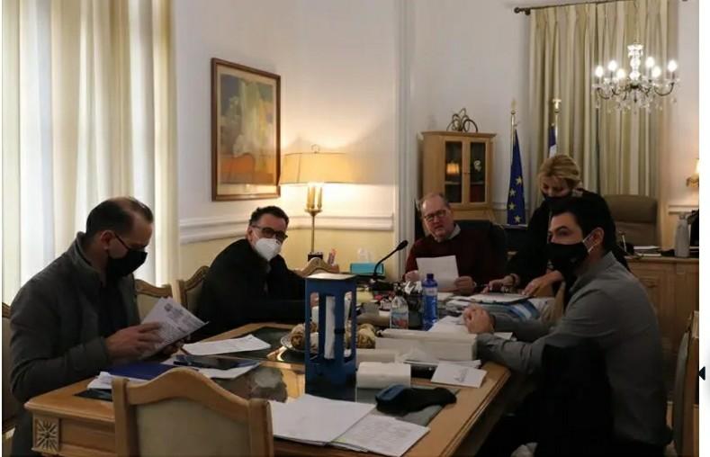 Βαίνει μειούμενος, μέχρι στιγμής, ο αριθμός κρουσμάτων covid-19 στην Περιφέρεια Πελοποννήσου