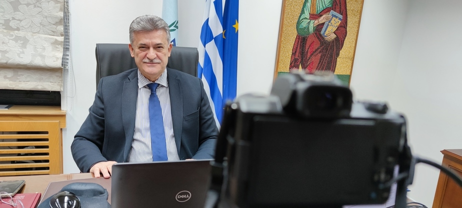 Ο Δήμαρχος Κορινθίων συνομιλεί ζωντανά με τους πολίτες