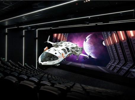 Самый большой в мире светодиодный экран для кинотеатров 4K введен в эксплуатацию в Китае