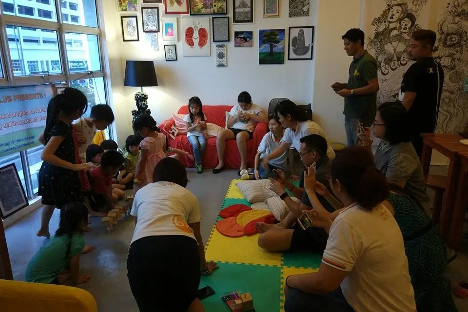 More than 80 artists contribute artworks, turning this coffee shop colourful!