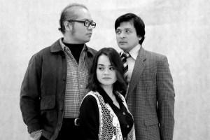 """Mengapa Joe Hasham mengarah karya Inggeris """"Betrayal"""" dalam Bahasa Melayu?"""