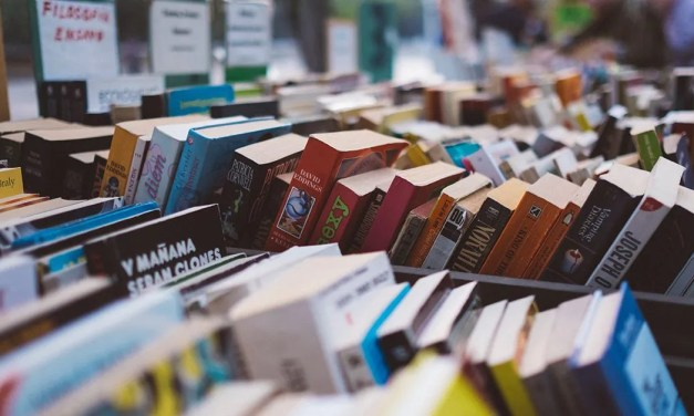 CERPEN | Tentang Kisah Ali dan 40 Orang Penulis oleh Aliaa Alina