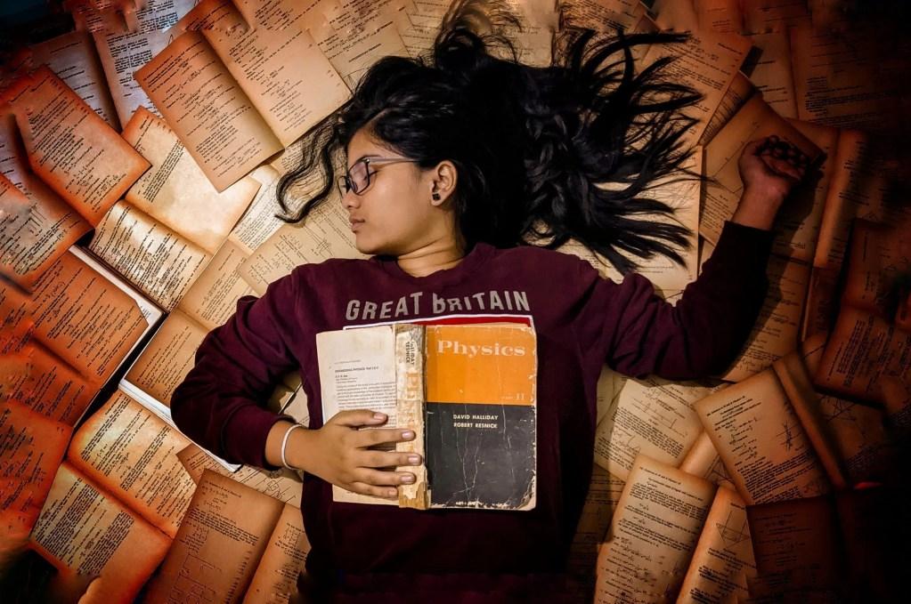 SAJAK | Lelah oleh Nina Al Rashid