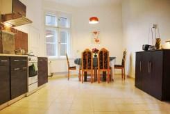 na zdjęciu jedno z pomieszczeń w apartamencie do sprzedaży w miejscowości Szczecin