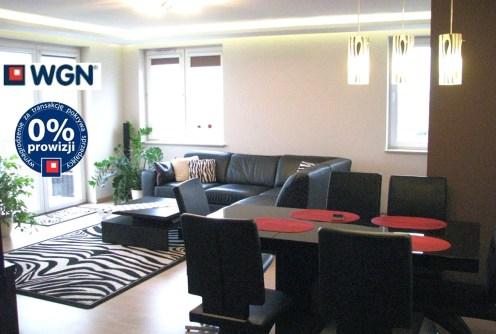 na zdjęciu salon w apartamencie na sprzedaż w Lublinie