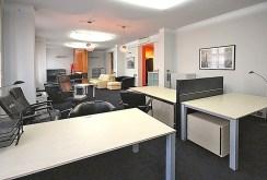 na zdjęciu gabinet i część nadają się na biuro w apartamencie do wynajmu w Szczecinie