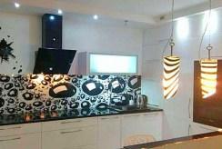 zbliżenie na aneks kuchenny w apartamencie w Szczecinie do wynajęcia