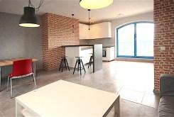 widok na aneks kuchenny w apartamencie do wynajęcia w Szczecinie