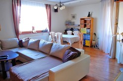 na zdjęciu jedno z pomieszczeń w luksusowym apartamencie na sprzedaż w Lubinie