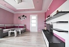 widok na salon w luksusowej willi do sprzedaży w okolicach Wielunia