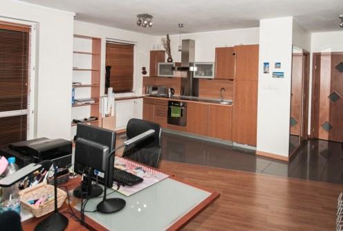 na zdjęciu luksusowe wnętrze apartamentu do sprzedaży w Szczecinie
