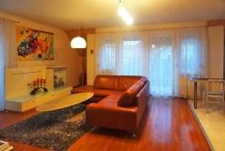 zdjęcie przedstawia salon w apartamencie do sprzedaży we Wrocławiu