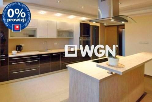 zdjęcie przedstawia komfortową kuchnię w apartamencie do wynajęcia w Legnicy