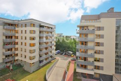 osiedle apartamentowców w Szczecinie, gdzie znajduje się w oferowany na wynajem apartament