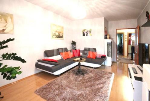 na zdjęciu ekskluzywny salon w apartamencie do wynajęcia w Szczecinie