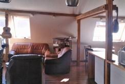 na zdjęciu widok na luksusowe wnętrze w ekskluzywnym apartamencie do sprzedaży w Łodzi